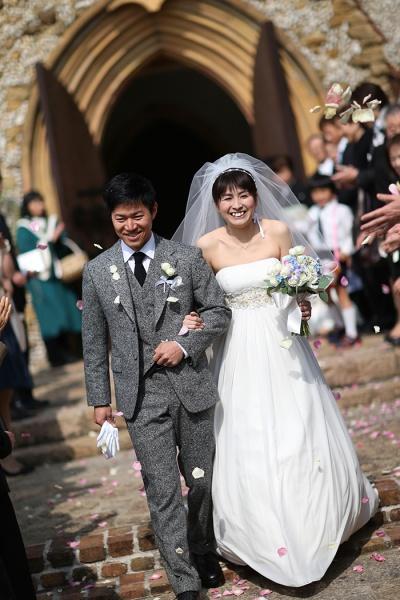 森の教会 結婚式 フラワーシャワー