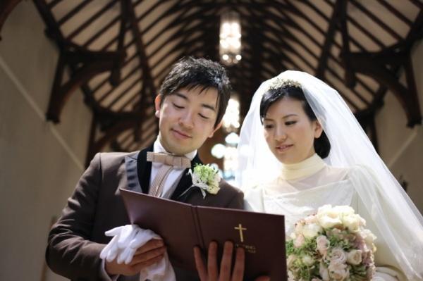 森の教会 少人数結婚式 アットホームな結婚式